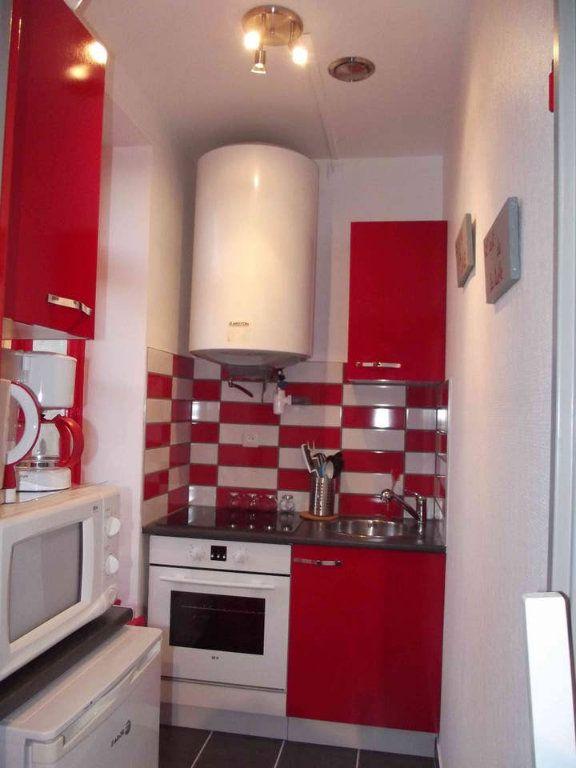 Appartement à vendre 1 25m2 à Rochefort vignette-2