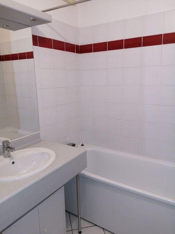 Appartement à louer 2 45.2m2 à Soubise vignette-4