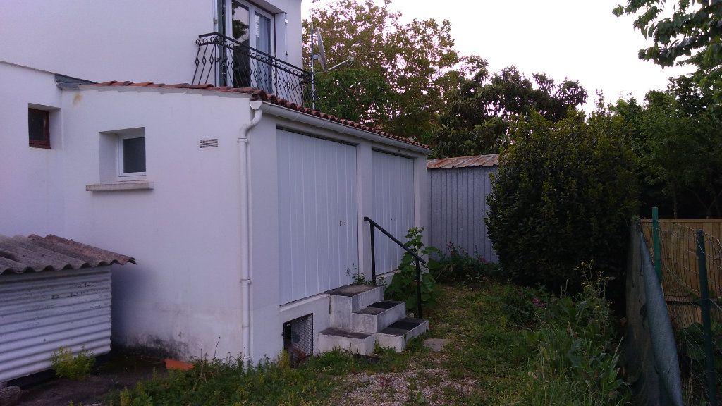 Maison à vendre 4 107m2 à Échillais vignette-8