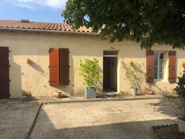 Maison à vendre 5 175m2 à Saint-Hippolyte vignette-4