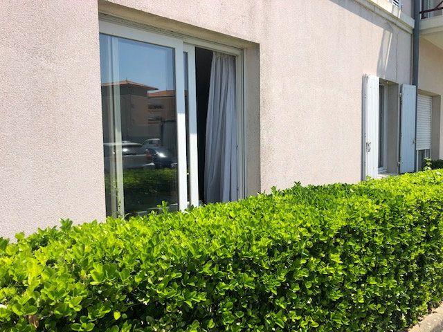 Appartement à vendre 2 30m2 à Rochefort vignette-3
