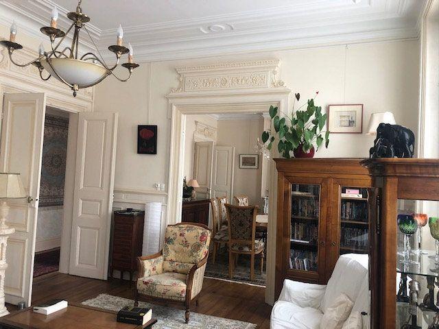 Appartement à vendre 5 159m2 à Rochefort vignette-1