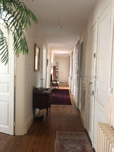 Appartement à vendre 5 159m2 à Rochefort vignette-3