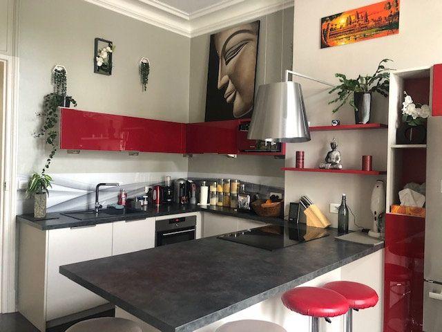 Appartement à vendre 5 159m2 à Rochefort vignette-6