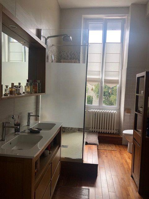 Appartement à vendre 5 159m2 à Rochefort vignette-8