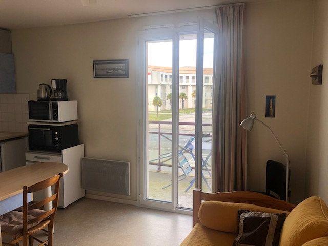Appartement à vendre 1 18.32m2 à Rochefort vignette-1