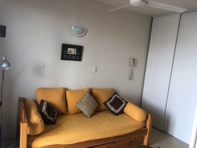 Appartement à vendre 1 18.32m2 à Rochefort vignette-4