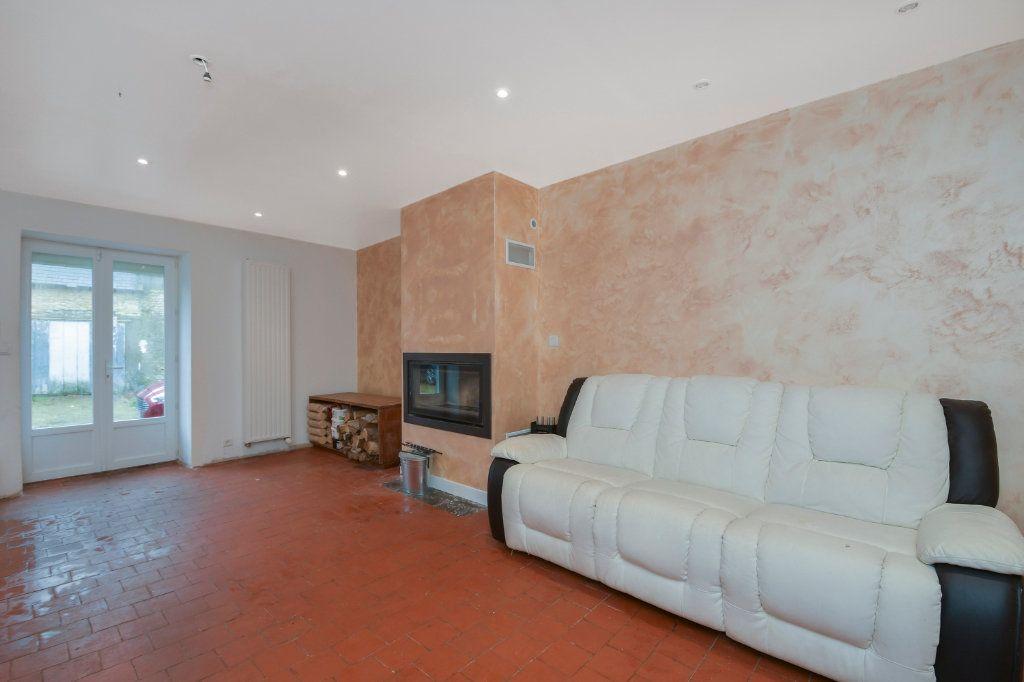 Maison à vendre 5 130m2 à Angerville vignette-6