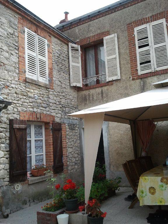 Maison à vendre 6 181m2 à Angerville vignette-1