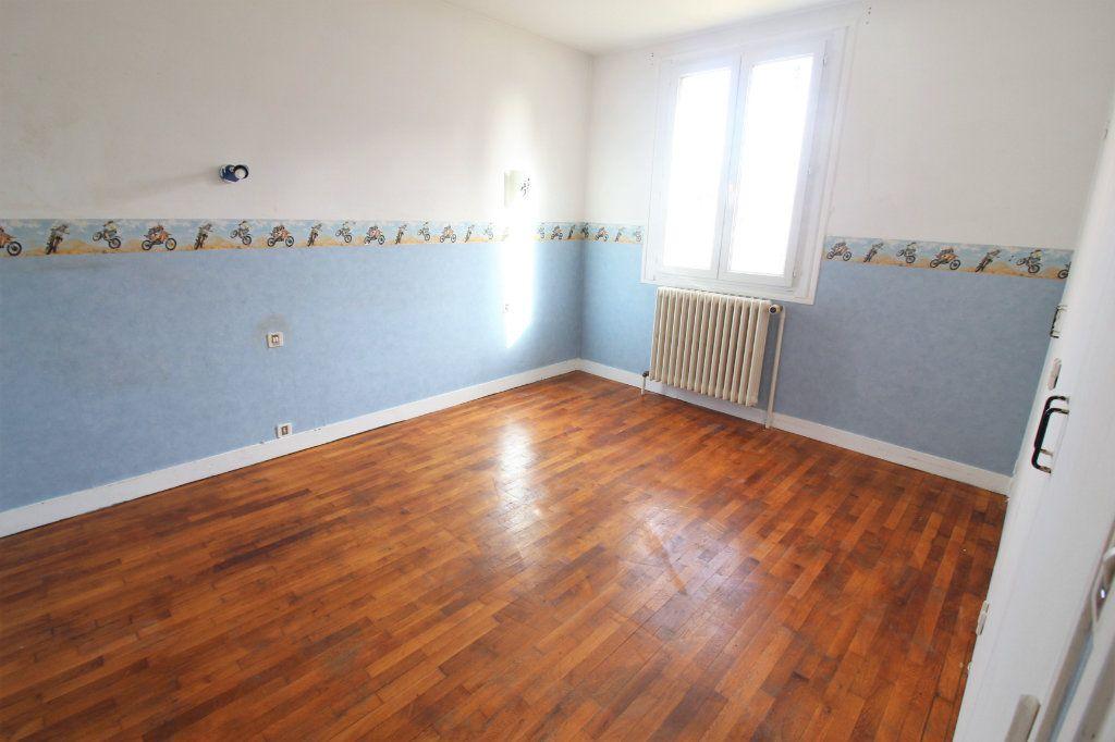 Maison à vendre 4 82m2 à Toury vignette-3