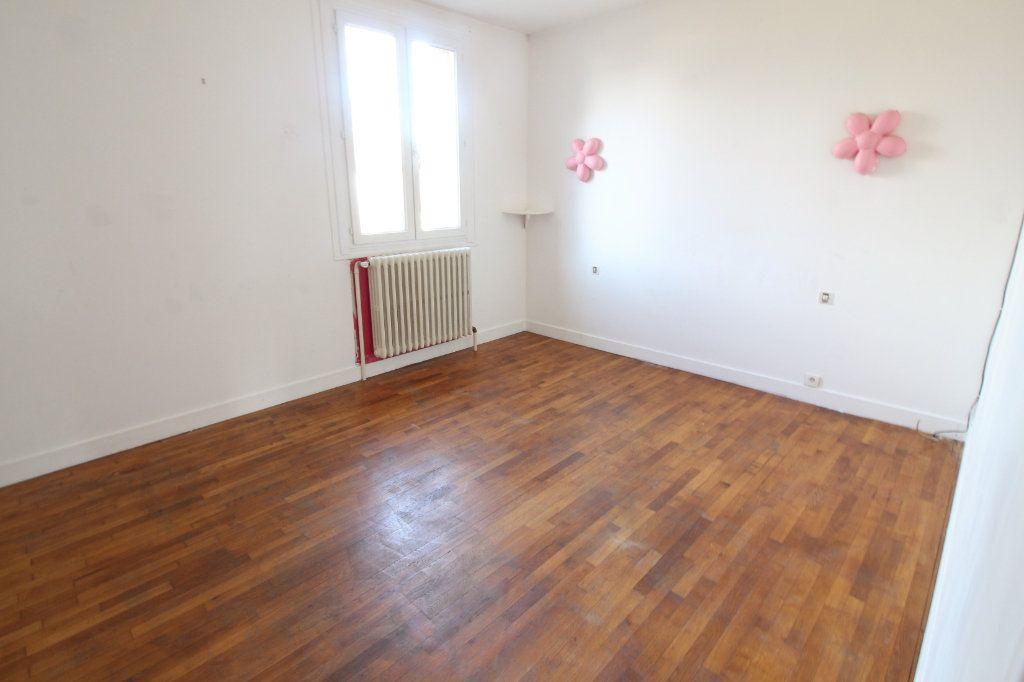 Maison à vendre 4 82m2 à Toury vignette-6