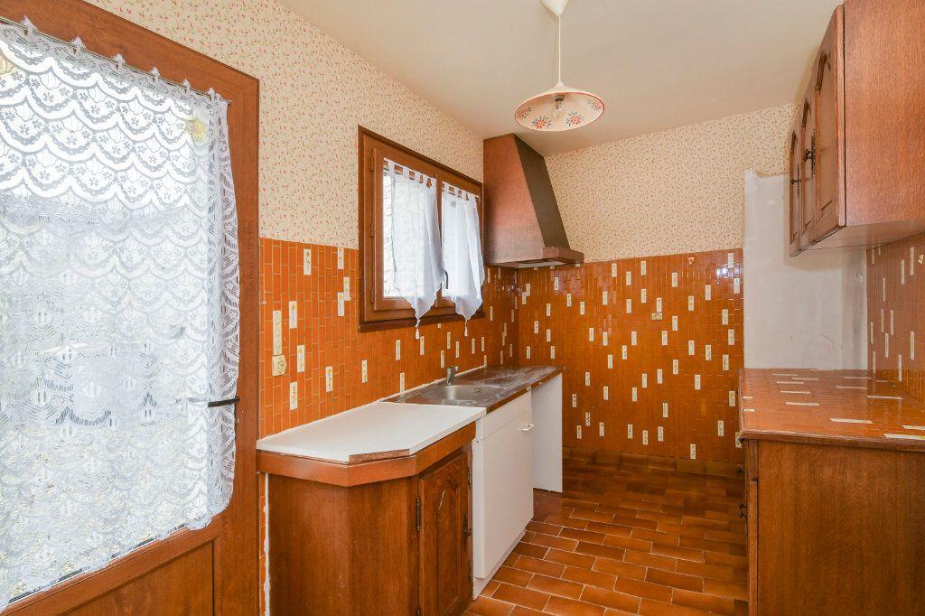 Maison à vendre 5 141m2 à Angerville vignette-3