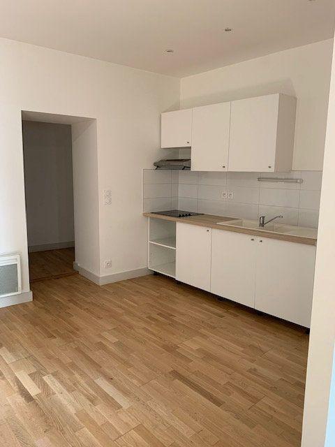 Appartement à louer 3 55m2 à Villandraut vignette-2