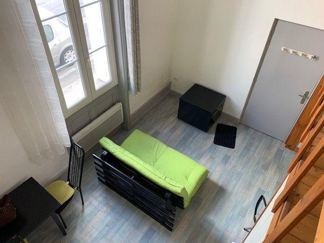 Appartement à louer 1 27m2 à Périgueux vignette-3
