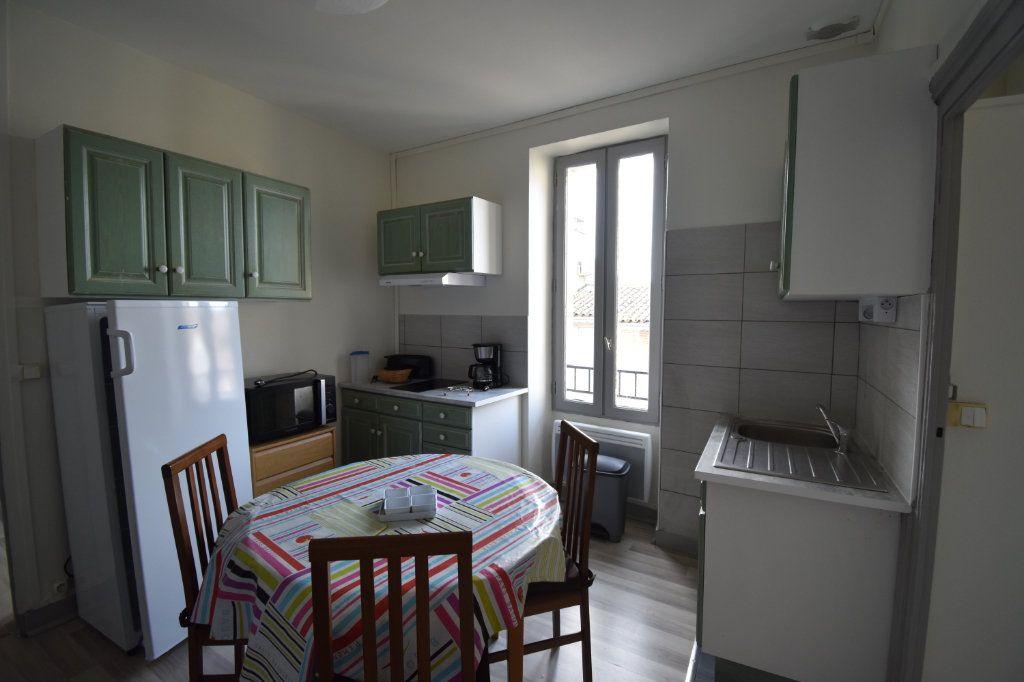 Appartement à louer 2 33m2 à Langon vignette-2