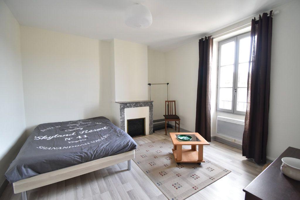 Appartement à louer 2 33m2 à Langon vignette-3