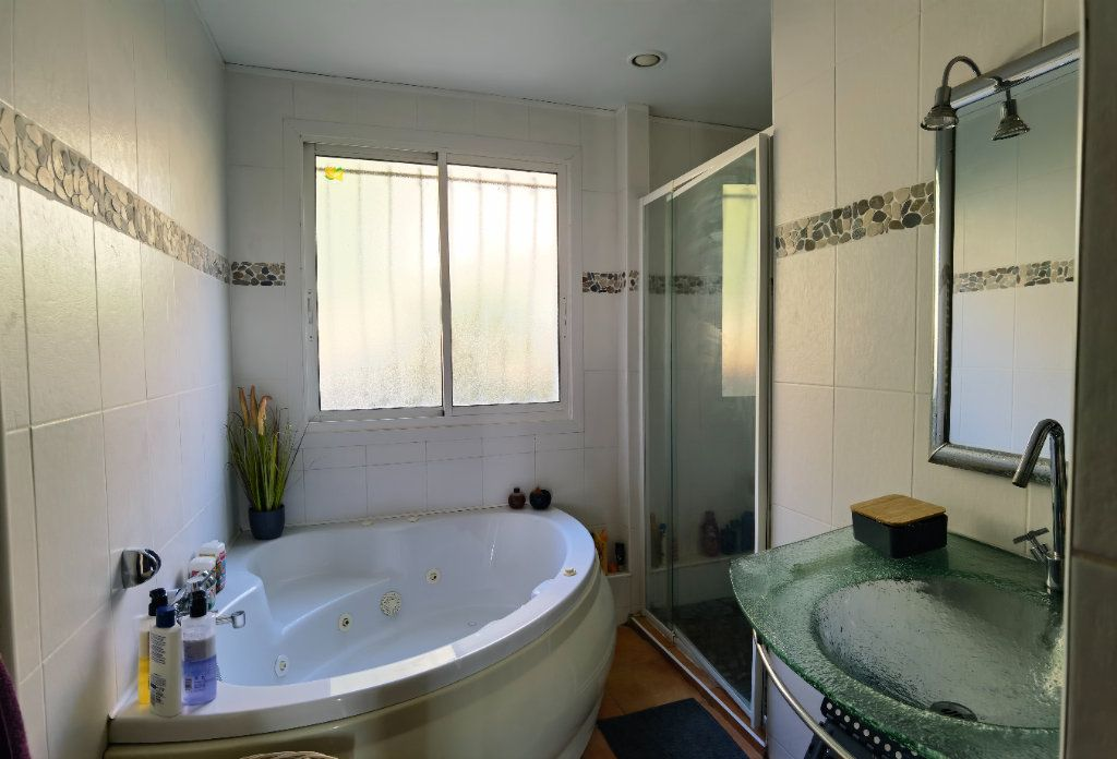 Maison à vendre 7 122m2 à Rions vignette-9