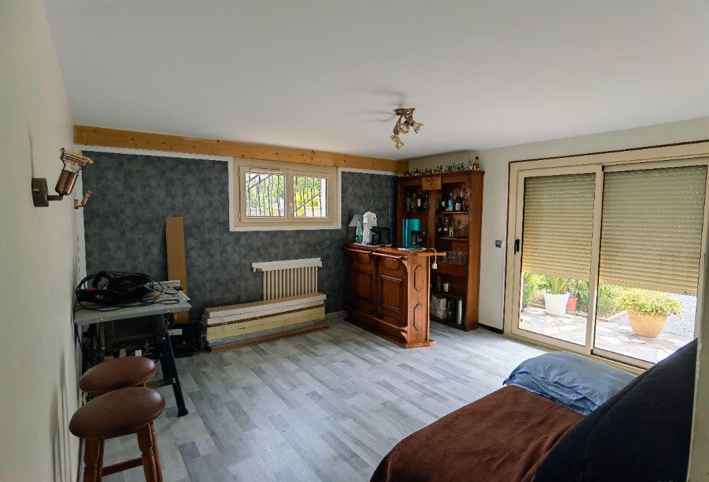 Maison à vendre 6 138.52m2 à Saint-Symphorien vignette-3