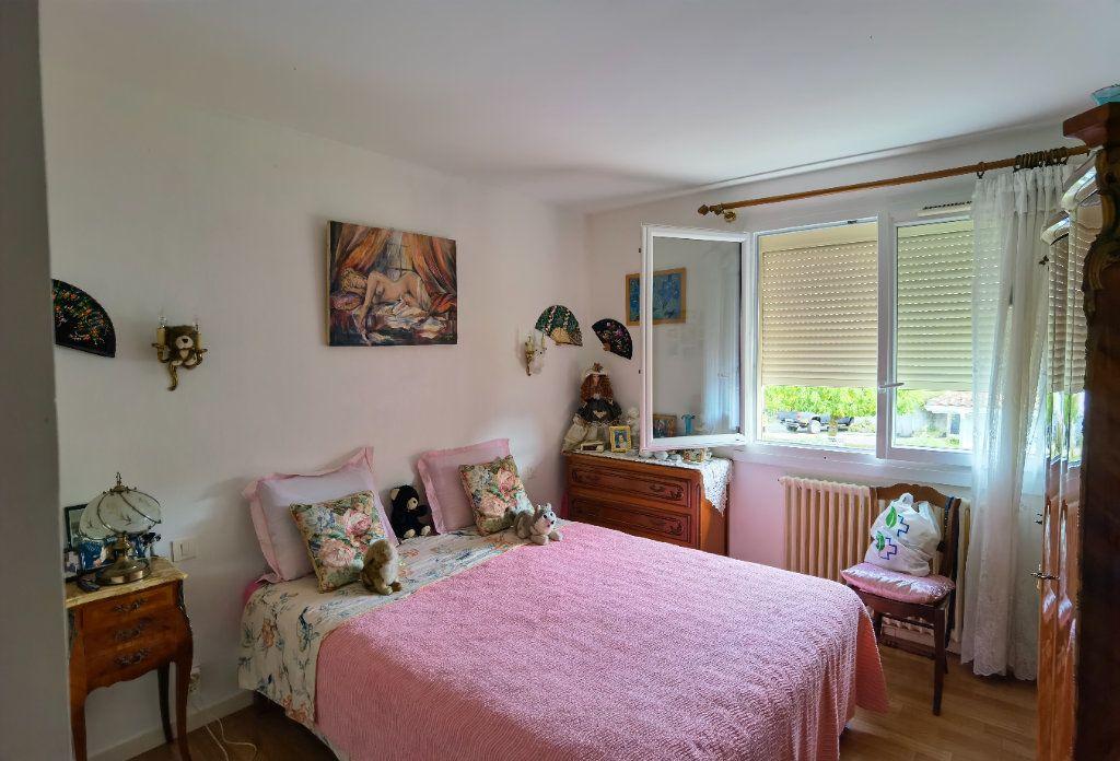 Maison à vendre 6 138.52m2 à Saint-Symphorien vignette-7