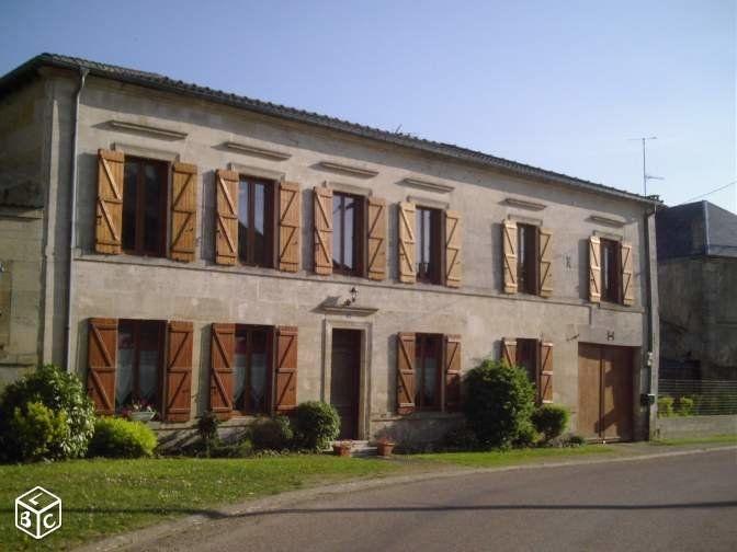Maison à vendre 10 300m2 à Les Hauts-de-Chée vignette-1