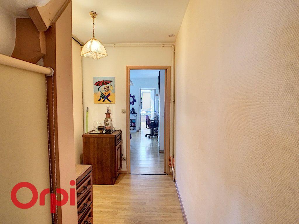Appartement à vendre 5 132m2 à Bar-le-Duc vignette-7