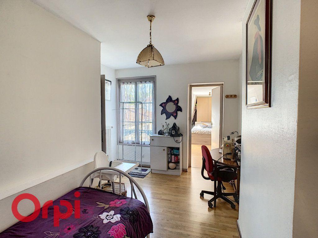 Appartement à vendre 5 132m2 à Bar-le-Duc vignette-8