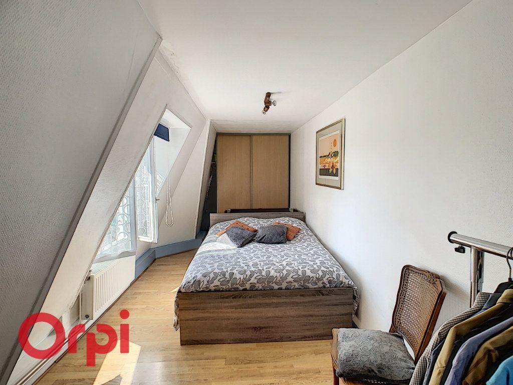 Appartement à vendre 5 132m2 à Bar-le-Duc vignette-9