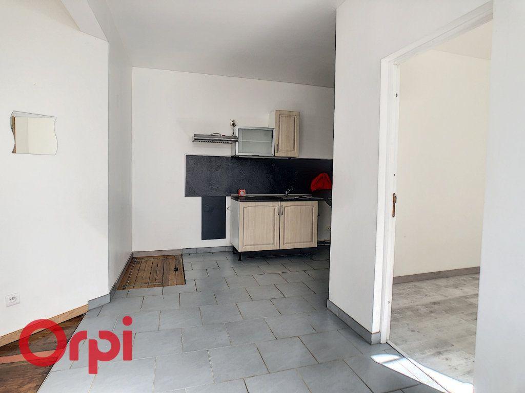 Appartement à louer 3 60m2 à Revigny-sur-Ornain vignette-4