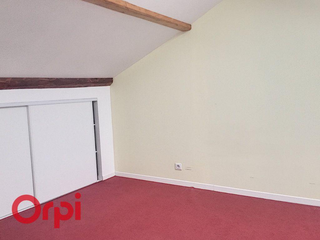 Appartement à louer 3 63m2 à Bar-le-Duc vignette-6