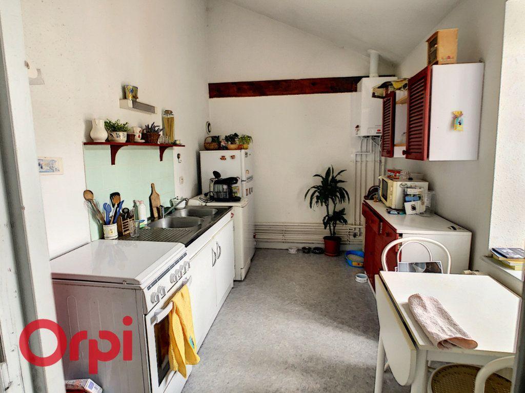 Appartement à louer 2 56m2 à Bar-le-Duc vignette-3