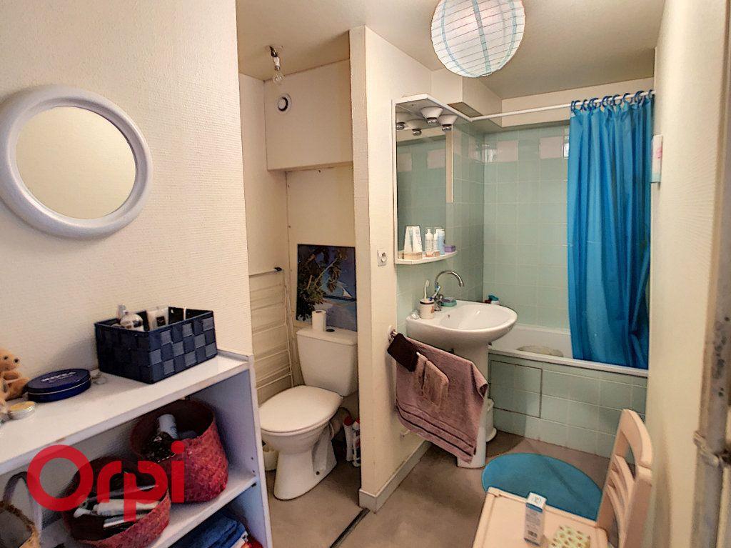 Appartement à louer 2 56m2 à Bar-le-Duc vignette-4