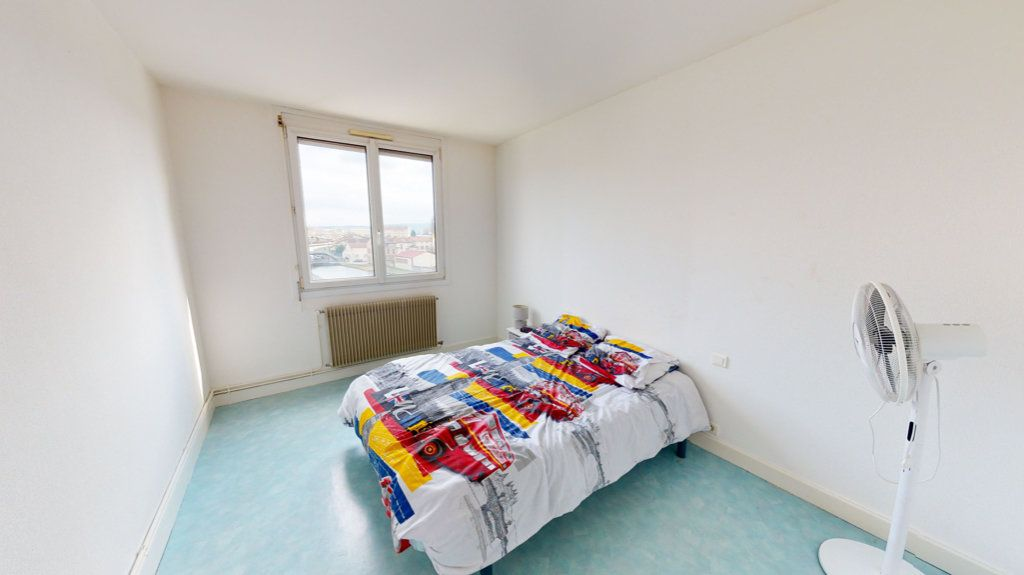 Appartement à louer 3 55m2 à Bar-le-Duc vignette-2