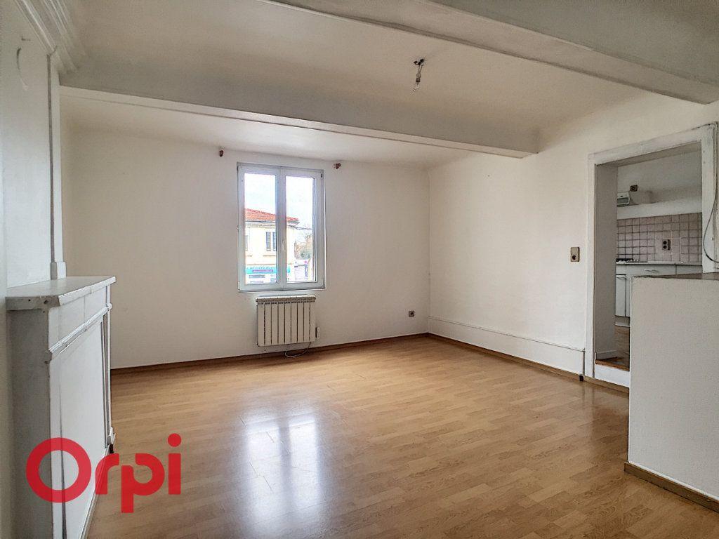 Appartement à louer 3 68m2 à Saint-Dizier vignette-4