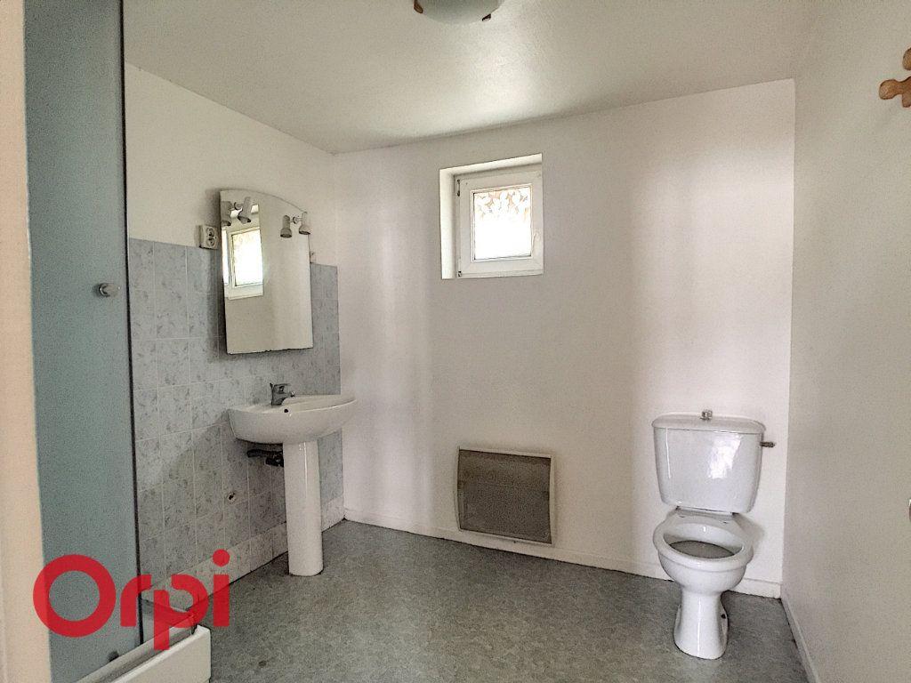 Appartement à louer 3 68m2 à Saint-Dizier vignette-5