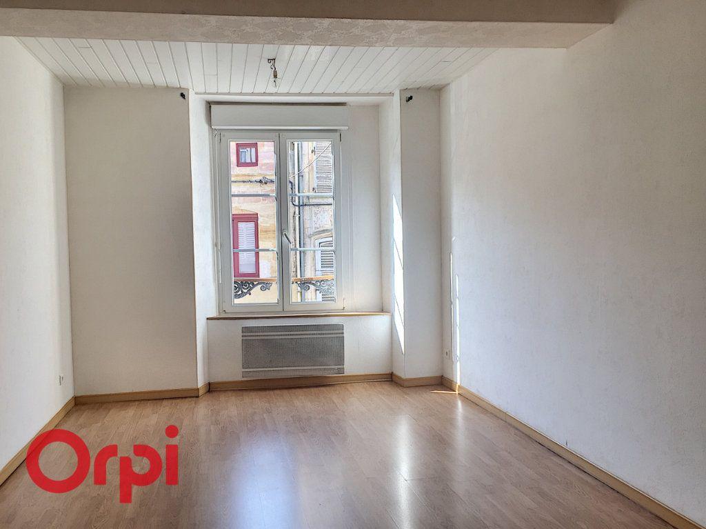 Appartement à louer 2 43m2 à Bar-le-Duc vignette-3