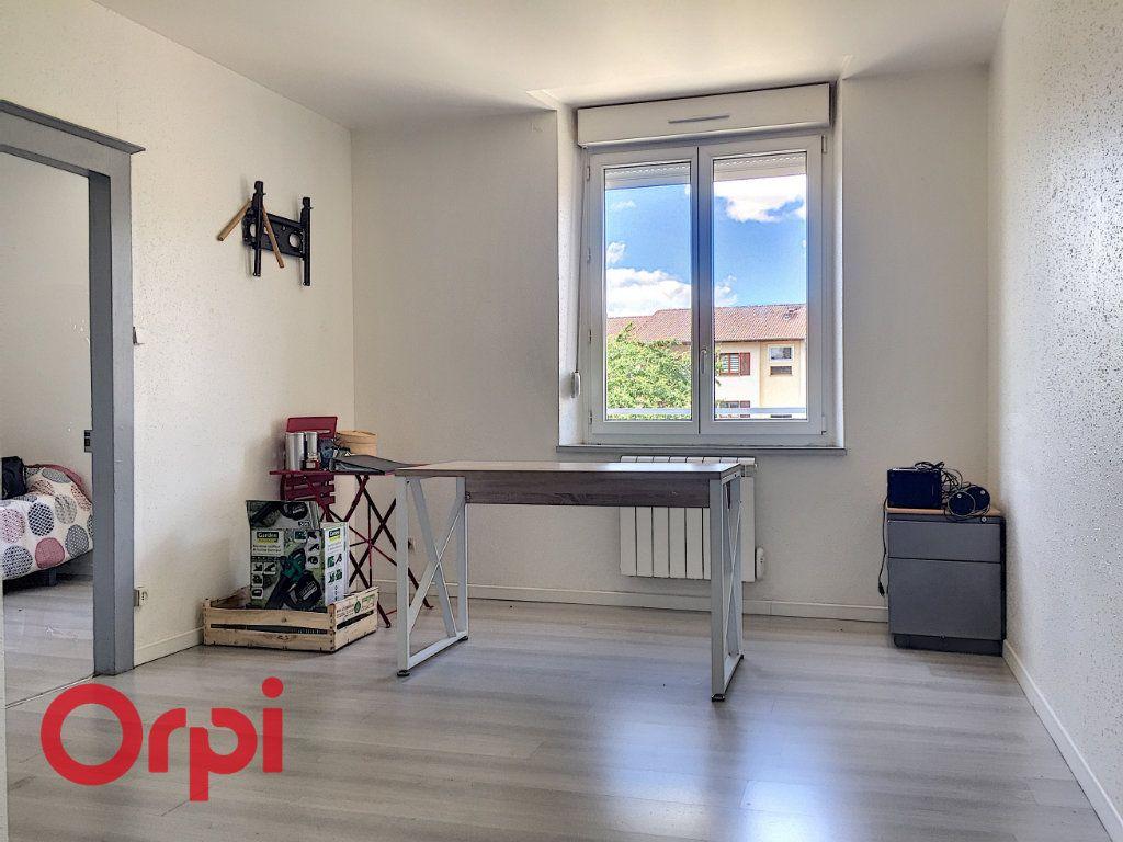 Appartement à louer 2 35m2 à Bar-le-Duc vignette-1
