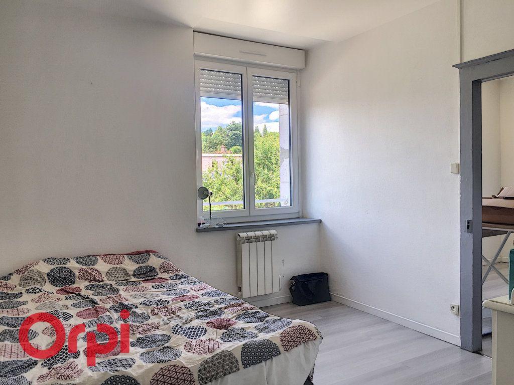 Appartement à louer 2 35m2 à Bar-le-Duc vignette-3