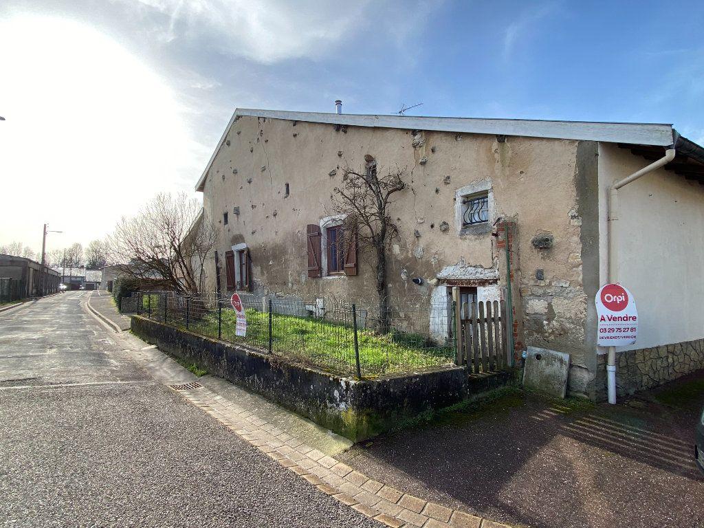 Maison à vendre 8 215m2 à Velaines vignette-1