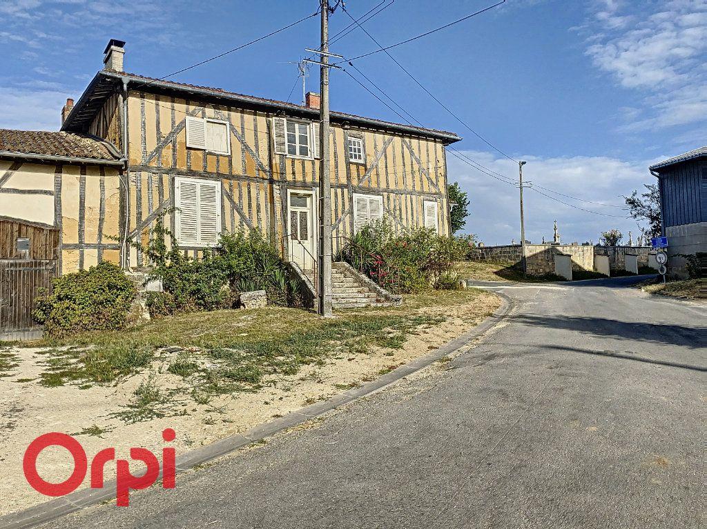 Maison à vendre 6 130m2 à Laheycourt vignette-1