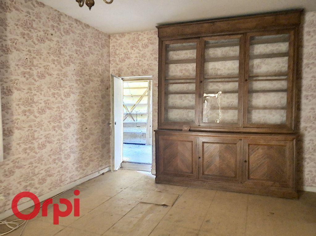 Maison à vendre 6 130m2 à Laheycourt vignette-6
