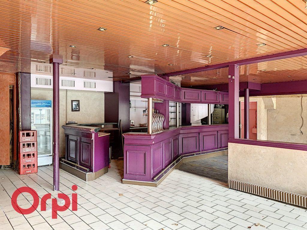 Immeuble à vendre 0 200m2 à Bar-le-Duc vignette-1