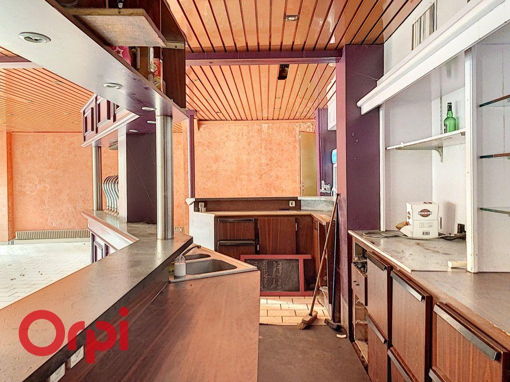 Immeuble à vendre 0 200m2 à Bar-le-Duc vignette-2