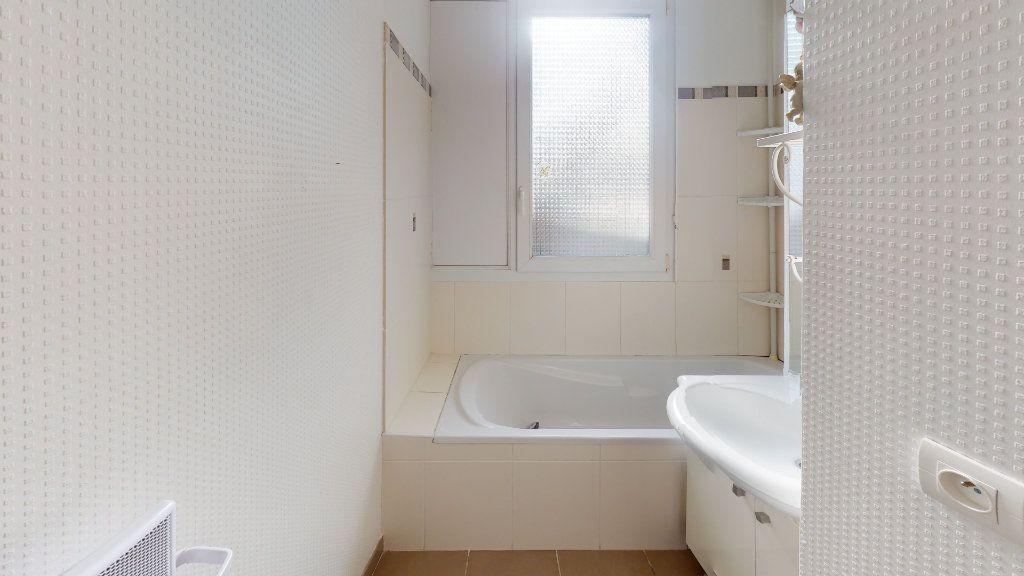 Appartement à vendre 4 86m2 à Bar-le-Duc vignette-4