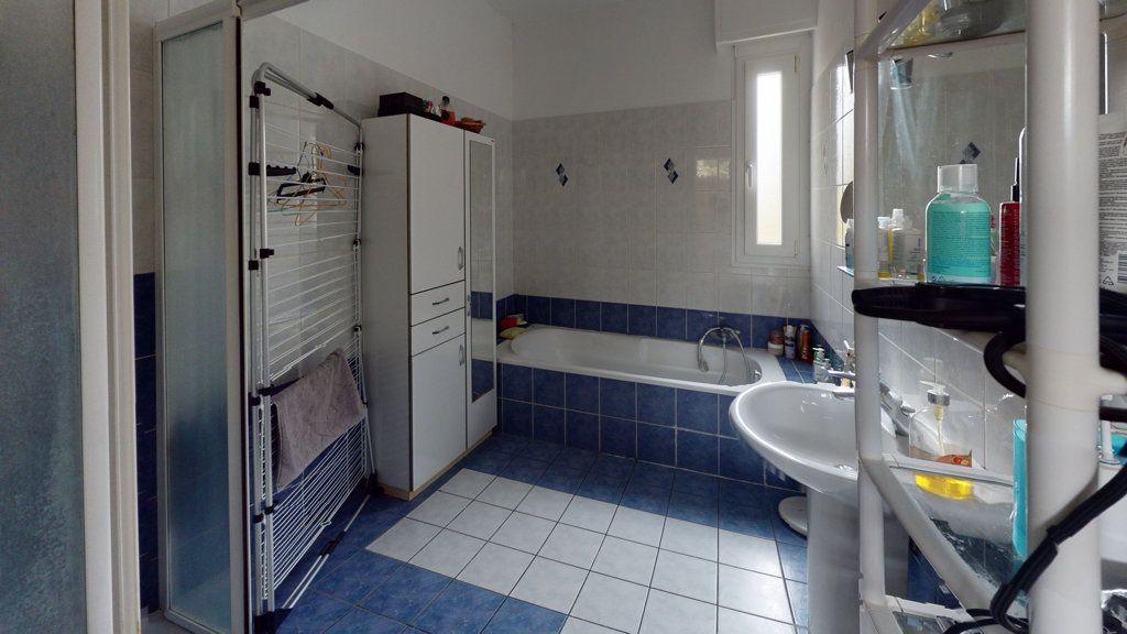 Maison à vendre 6 150m2 à Revigny-sur-Ornain vignette-6