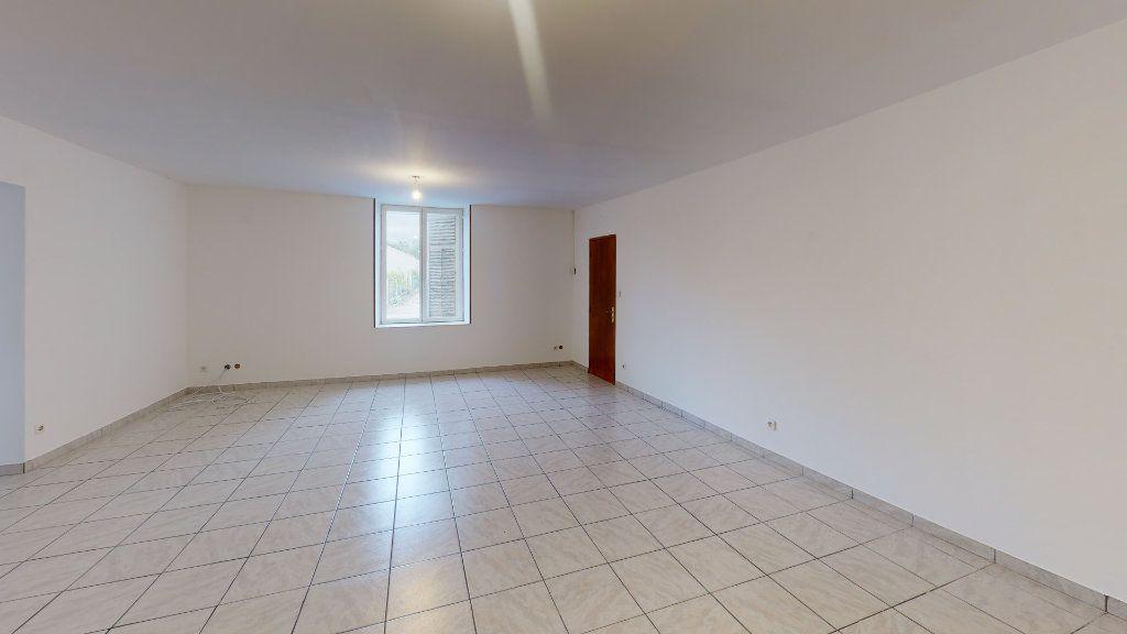 Maison à vendre 3 113.1m2 à Érize-la-Petite vignette-2