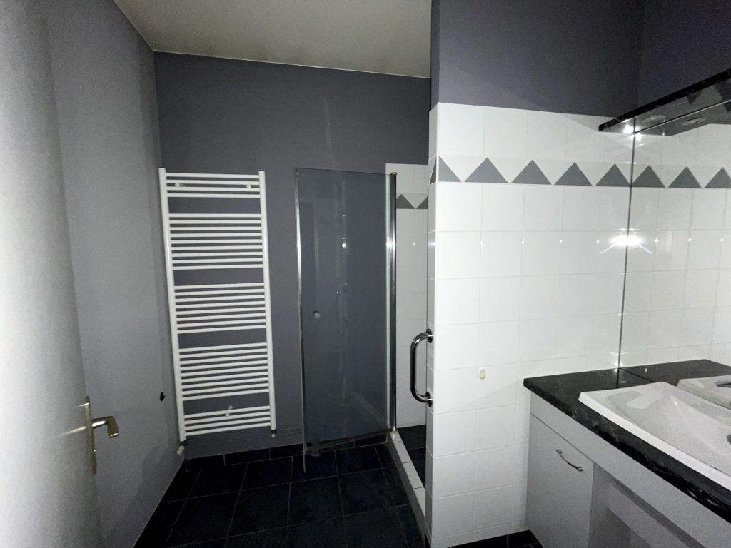 Appartement à louer 3 61m2 à Bar-le-Duc vignette-5