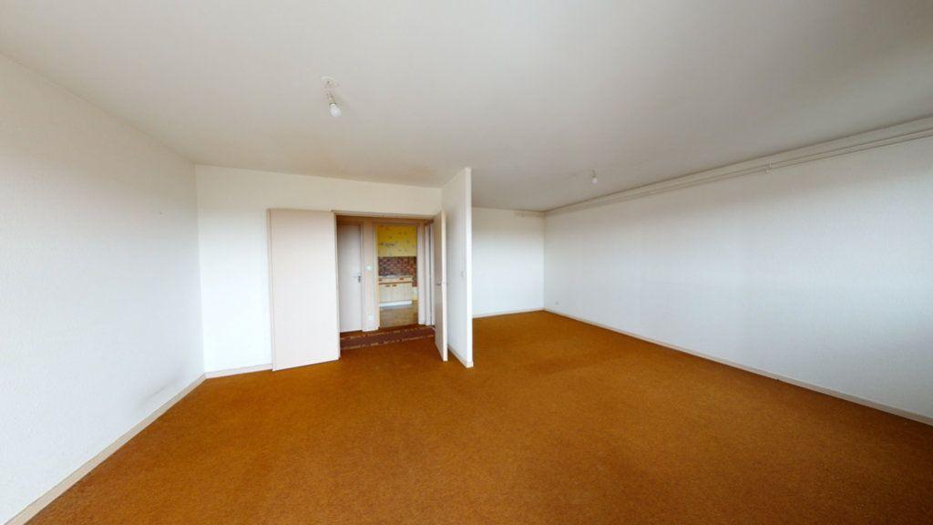 Appartement à vendre 3 60m2 à Saint-Dizier vignette-1