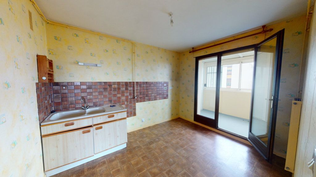 Appartement à vendre 3 60m2 à Saint-Dizier vignette-2