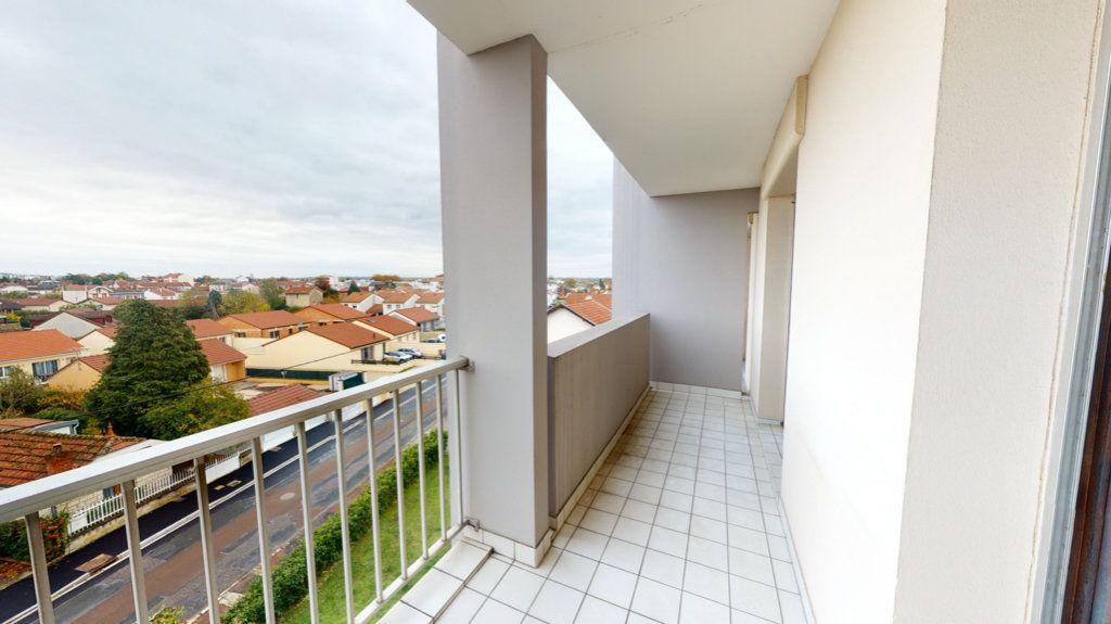 Appartement à vendre 3 60m2 à Saint-Dizier vignette-4