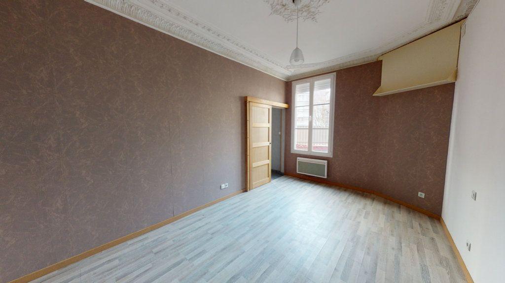 Appartement à louer 3 45.35m2 à Bar-le-Duc vignette-2